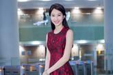 Hoa hậu Thu Thảo đỏ rực rỡ ở rạp chiếu phim