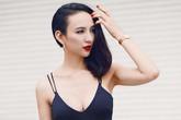 Hoa hậu Ngọc Diễm tự tin khoe vòng 1 nóng bỏng trên phố