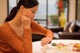 Những việc không nên làm sau khi ăn tối vì rất hại