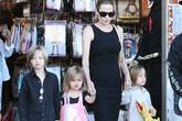 Jolie-Pitt đau đầu về giới tính của Shiloh