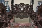 Đại gia Việt vung tiền mua bàn ghế gỗ cổ 10 tỷ