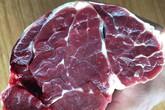Bán rao thịt bò Mỹ đến tận từng nhà dân