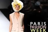 Những bí mật gây sốc phía sau tấm vé mời fashion week