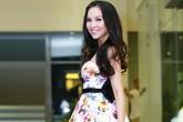 33 tuổi, Hiền Thục vẫn mê mẩn váy xìtin