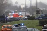 Nóng: Lại nổ súng liên hồi, bắt cóc con tin ở Pháp