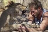 Kỳ lạ chàng trai thích ăn nằm cùng sư tử cái