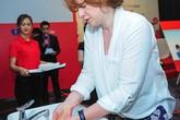 Rửa tay sạch với xà phòng diệt khuẩn để ngăn ngừa bệnh tật