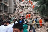 Chung cư 9 tầng đổ sập, hàng chục người mất tích