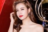 Hoàng Thùy Linh vai trần quyến rũ đi tiệc