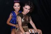 """Thảo Trang, Hải Yến đi xe """"tí hon"""" làm hậu trường nóng bừng"""