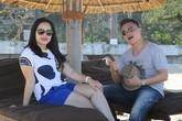 BTV Quang Minh lãng mạn cùng vợ ở Nha Trang kỷ niệm 8 năm ngày cưới
