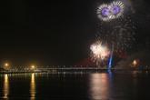 Pháo hoa rực sáng bầu trời mừng 40 năm giải phóng Đà Nẵng