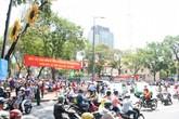 Cư dân Sài Gòn hào hứng đón đoàn đua xe đạp