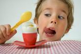 Trẻ có thể ăn trứng mỗi ngày được không?