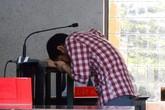 Hung thủ giết người yêu khóc nức nở tại tòa