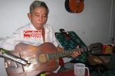 Ánh sáng dẫn lối cuộc đời ông lão chơi đàn một tay nức tiếng phố biển Nha Trang