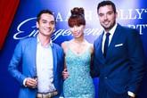 Lễ đính hôn rợp màu xanh của siêu mẫu Hà Anh