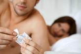 Dùng 2 bao cao su một lúc có lây nhiễm HIV?