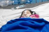 Bé gái 6 tuổi chấn thương sọ não do leo cây