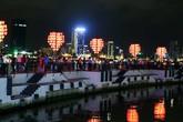 """Clip """"cầu tàu tình yêu"""" ở Đà Nẵng tuyệt đẹp về đêm"""