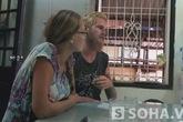 Những dấu hỏi bí hiểm trong vụ cặp đôi Tây xin tiền ở VN