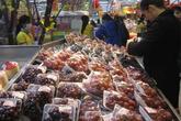 Người tiêu dùng dè dặt với hoa quả nhập khẩu