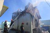 Đà Nẵng: Cháy nhà giữa trưa ở trung tâm thành phố