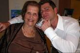 Chuyện tình cổ tích của chàng trai 30 tuổi và cụ bà 92 tuổi