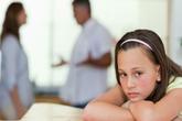 Sự bế tắc của người con khi biết bố ngoại tình