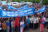 Đoàn công tác của Tổng cục DS-KHHGĐ làm việc tại Đắk Lắk: Tránh sự xáo trộn về bộ máy tổ chức