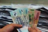 Công chức mới được hưởng 1,150 triệu đồng lương cơ sở, dù cần tối thiểu 3,23 triệu/tháng