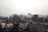 Vụ cháy xưởng vải ở Hải Dương: Dân thấp thỏm lo cháy lan sang nhà mình