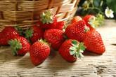 Tuyệt chiêu dưỡng trắng da mặt bằng 8 loại quả màu đỏ