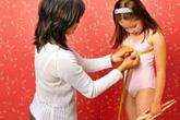 Dậy thì sớm ở trẻ em gái: Nguy cơ ung thư cao và khó có con sau này