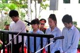 Xét xử nhóm thanh niên chở nữ tiếp viên karaoke thả xuống sông