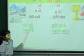 Bài tập Tiếng Việt lớp 1 tìm 5 từ vần ưi làm khó cả tiến sĩ