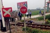 Cố băng qua đường sắt, cụ ông bị tàu tông chết tại chỗ