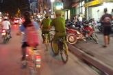 Công an Hà Nội tuần tra bằng xe đạp: Xin đừng làm cho đẹp!
