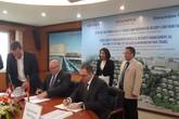 Eurowindow Nha Trang ký hợp đồng quản lý khu khách sạn Mövenpick Rersort Cam Ranh BayBay