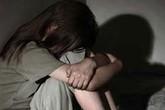 Bà nội tin người lạ khiến cháu gái bị hiếp dâm