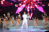 Đàm Vĩnh Hưng bị chê hát như đọc ở chung kết Hoa hậu Hoàn vũ Việt Nam
