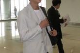 """Mỹ nam """"Tuổi thanh xuân"""" được đón tiếp nhiệt tình tại sân bay Nội Bài"""