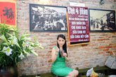 Hoa hậu Quý bà Sương Đặng mê mẩn món ăn đường phố