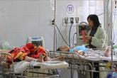 Xót xa 2 đứa trẻ trong vụ tai nạn làm bà mẹ văng xuống cầu chết thảm