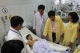 Bé trai bị xe ô tô húc văng xuống cầu Thuận Phước đã qua khỏi