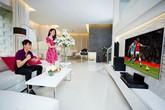 Soi phòng khách sang chảnh nhà sao Việt