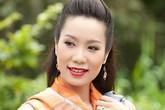 Á hậu Trịnh Kim Chi thể hiện tình yêu với chồng khi mạo hiểm sự nghiệp sinh con ở tuổi 43
