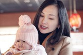 Kim Hiền hạnh phúc bên hai con trong đợt tuyết đầu mùa