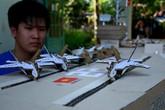 Hạm đội máy bay, tàu chiến bằng bìa carton
