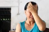 Nước mắt người mẹ nghèo không có tiền cho con theo đại học